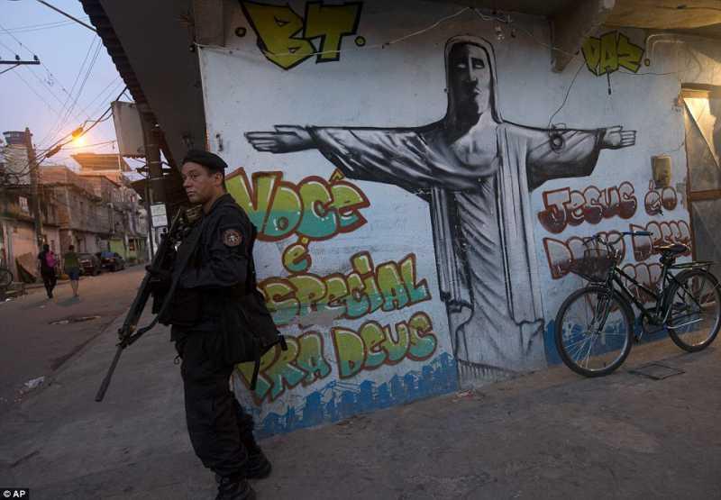 article-FavelasRio.jpg